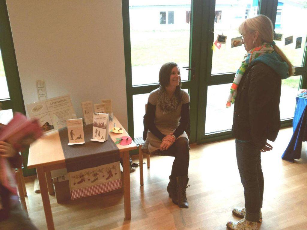 Buchausstellung mit Tara Riedman – Antiquariatsverkauf St. Paulus